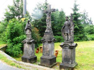 Kreuzigungsgruppe bei Drei Linden